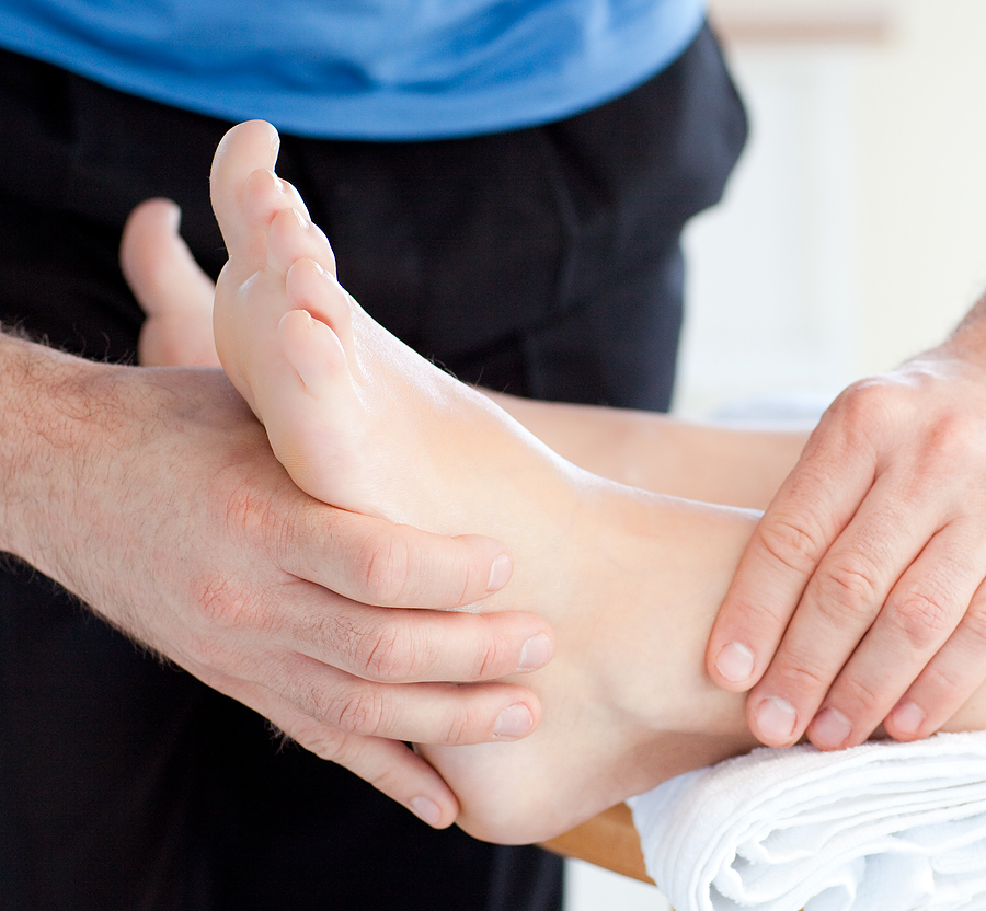 ankle sprain treatment from our chiropractor in fort lauderdale